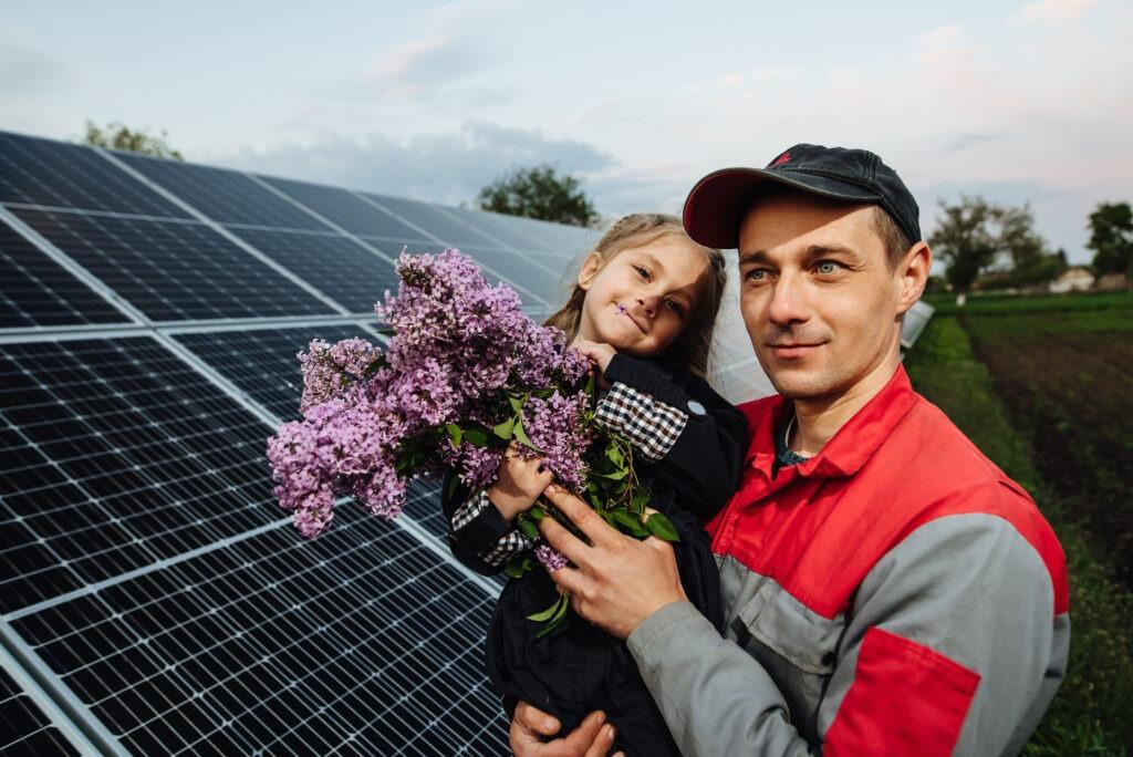 info energia to darmowy prąd dla rolnika na oborach, wiatach, polach. dofinansowanie dla rolnika, gospodarstwa.