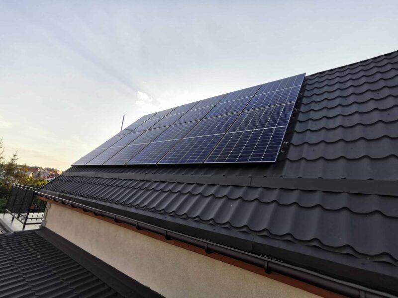 Panele słoneczne na dachu Kwidzyn. Przegląd i serwis fotowoltaiki